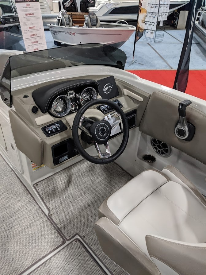 2020 Crownline E 205 XS Photo 12 of 23
