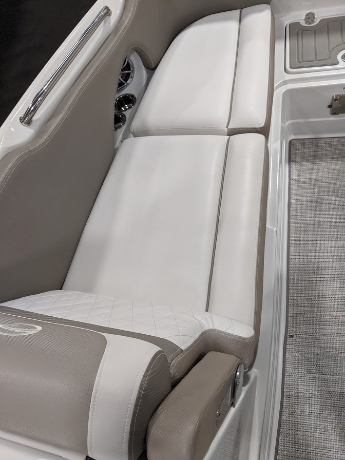2020 Crownline E 205 XS Photo 15 of 23