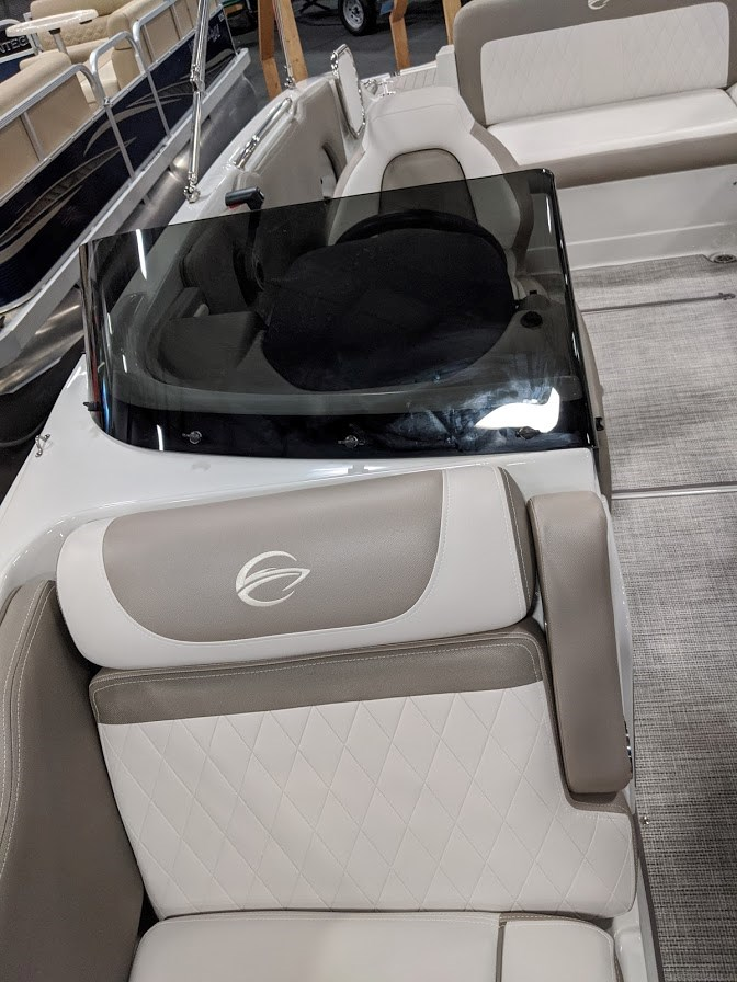 2020 Crownline E 205 XS Photo 19 of 23
