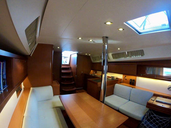 2015 Beneteau Oceanis 41 Photo 17 sur 40