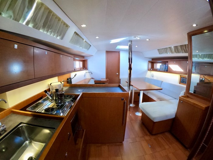 2015 Beneteau Oceanis 41 Photo 33 sur 40