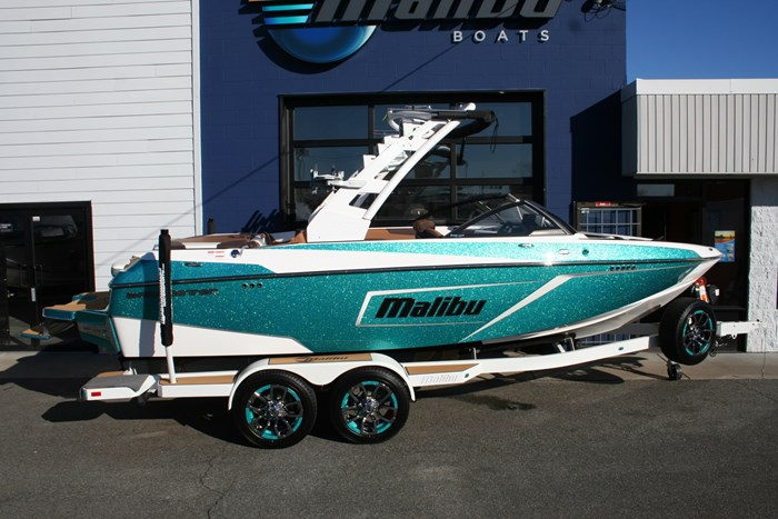 2019 Malibu Wakesetter 22LSV Photo 4 of 16