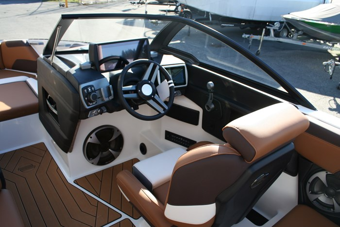 2019 Malibu Wakesetter 22LSV Photo 9 of 16