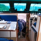 1990 Custom Craft Marine Sedan Cruiser Photo 12 of 26