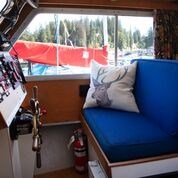 1990 Custom Craft Marine Sedan Cruiser Photo 13 of 26
