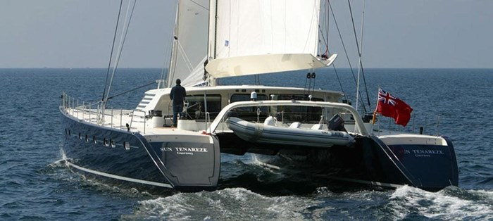 2004 JFA Catamaran Photo 3 sur 25