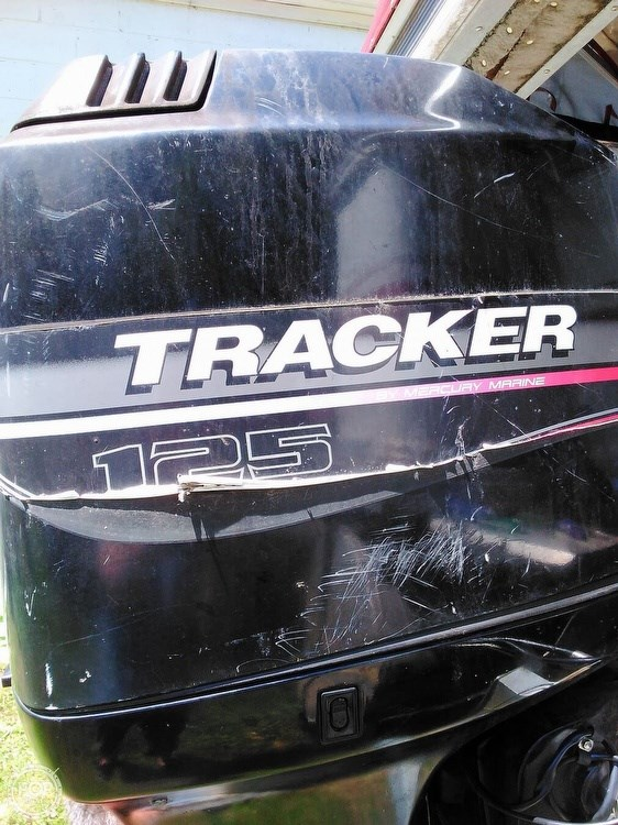 1999 Sun Tracker PC30 Party Cruiser Photo 9 of 11