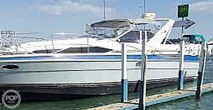 1989 Bayliner 3485 Avanti Sun Bridge Photo 3 sur 11