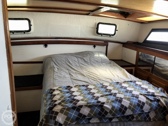 1984 Silverton 40 Aft Cabin Photo 5 sur 20