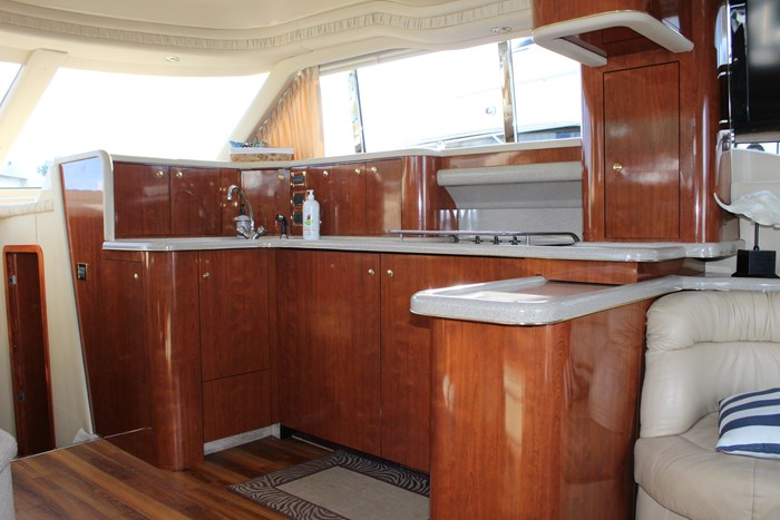 2000 Sea Ray 480 Sedan Bridge Photo 15 of 18