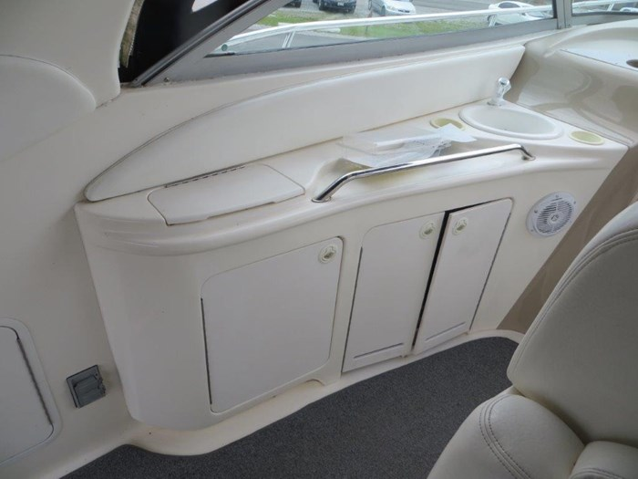 2000 Sea Ray Sundancer 340 Photo 9 of 42