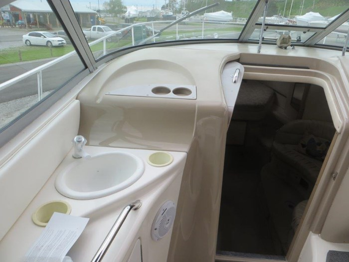 2000 Sea Ray Sundancer 340 Photo 8 of 42