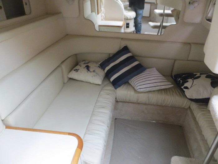 2000 Sea Ray Sundancer 340 Photo 21 of 42