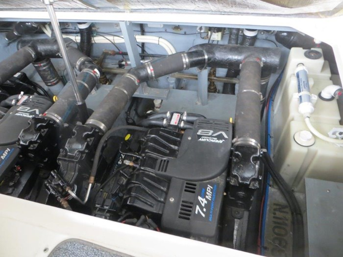 2000 Sea Ray Sundancer 340 Photo 25 of 42