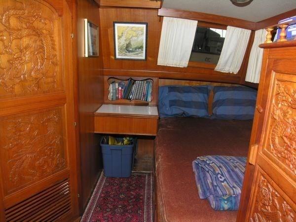 1981 Grand Mariner Tri Cabin Photo 10 of 15