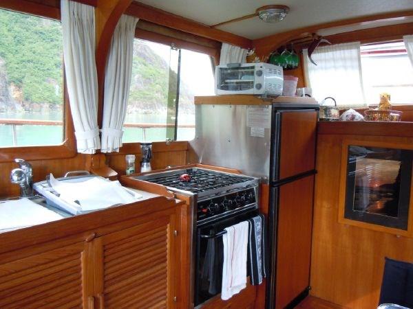 1981 Grand Mariner Tri Cabin Photo 7 of 15