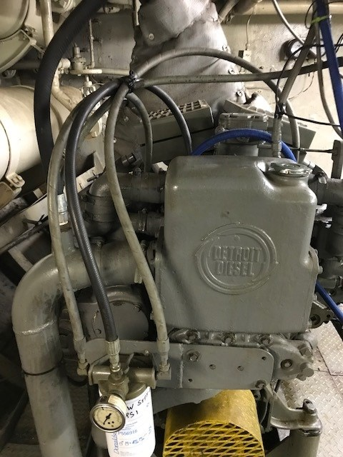 1956 1956/1975 110′ x 30.2′ 3300 hp Twin Screw Tug Photo 7 sur 18