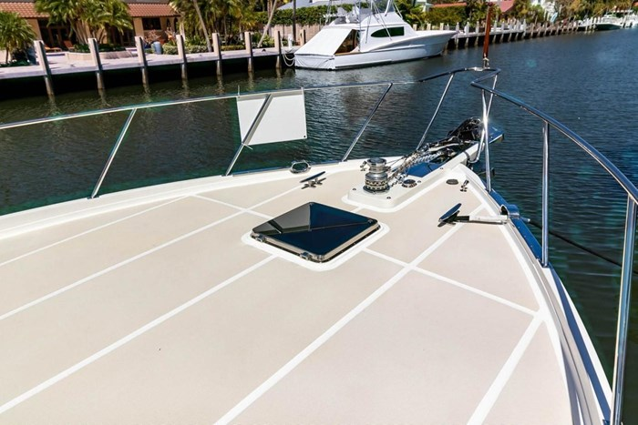 2007 Offshore Yachts Pilothouse Photo 8 of 126