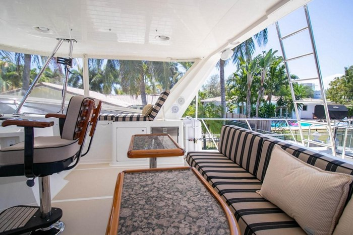 2007 Offshore Yachts Pilothouse Photo 18 of 126