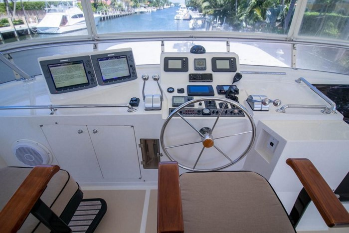 2007 Offshore Yachts Pilothouse Photo 20 of 126