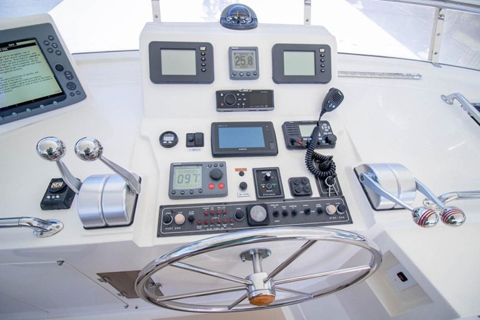 2007 Offshore Yachts Pilothouse Photo 24 of 126