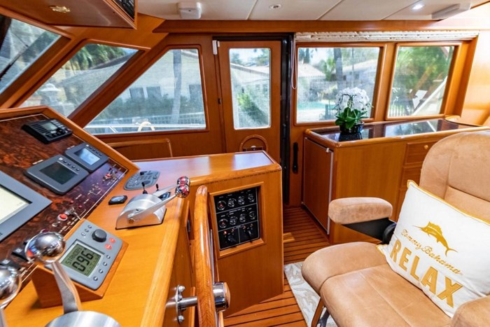 2007 Offshore Yachts Pilothouse Photo 37 of 126