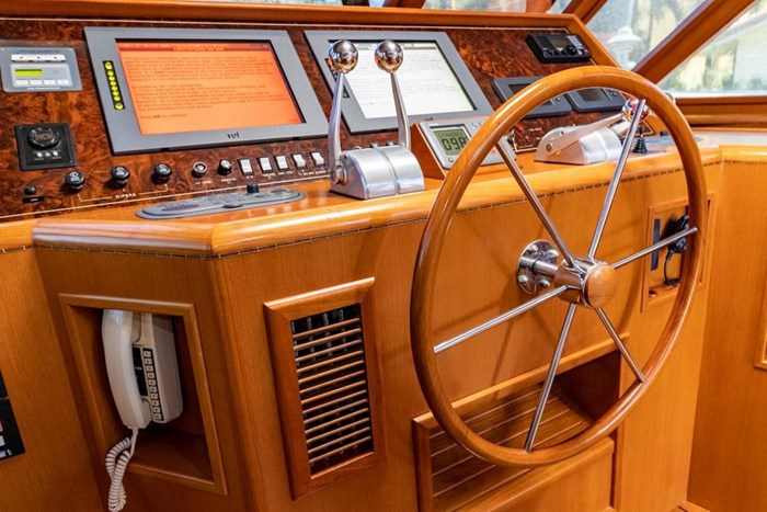 2007 Offshore Yachts Pilothouse Photo 40 of 126
