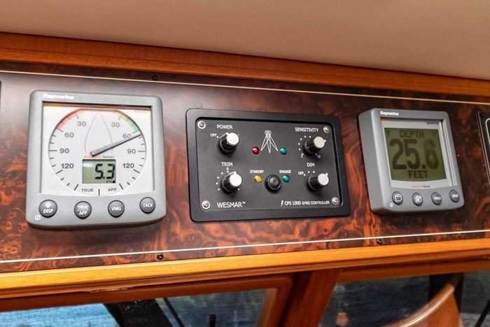 2007 Offshore Yachts Pilothouse Photo 44 of 126
