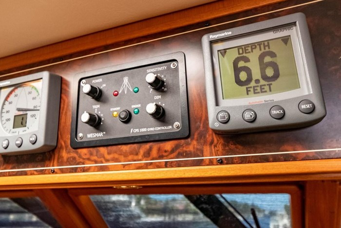 2007 Offshore Yachts Pilothouse Photo 45 of 126