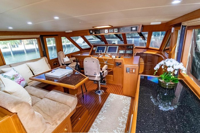 2007 Offshore Yachts Pilothouse Photo 49 of 126