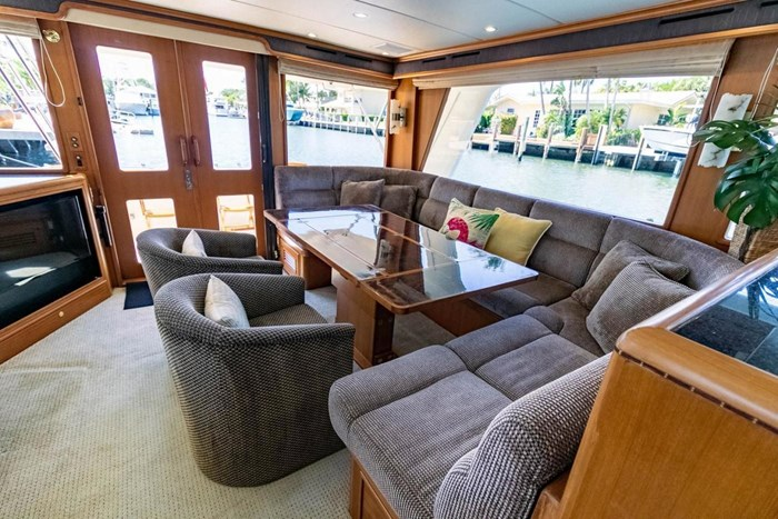 2007 Offshore Yachts Pilothouse Photo 54 of 126