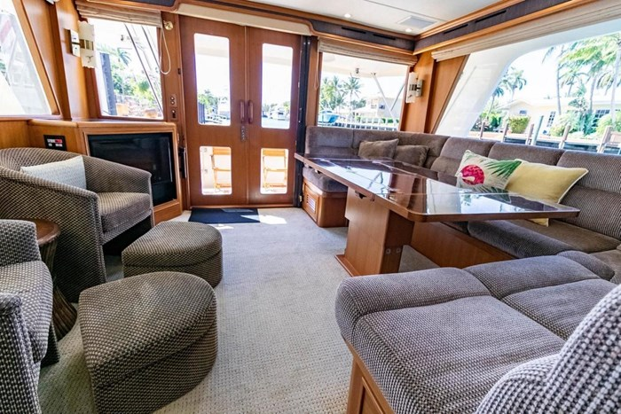 2007 Offshore Yachts Pilothouse Photo 55 of 126