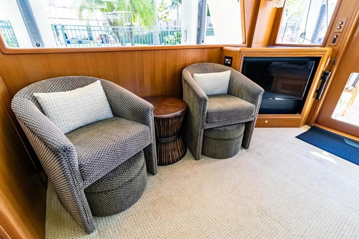 2007 Offshore Yachts Pilothouse Photo 56 of 126