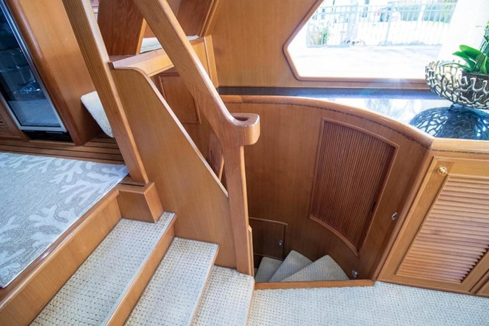 2007 Offshore Yachts Pilothouse Photo 68 of 126
