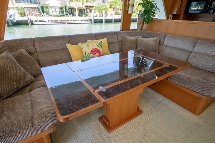 2007 Offshore Yachts Pilothouse Photo 76 of 126