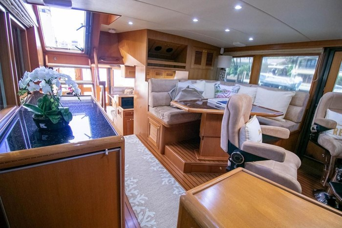 2007 Offshore Yachts Pilothouse Photo 79 of 126