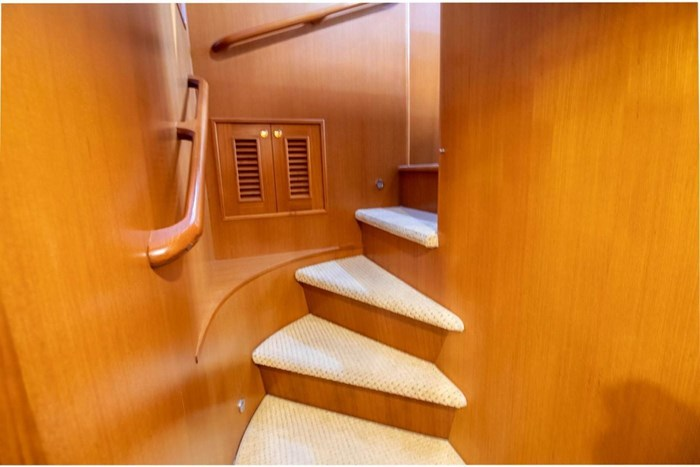 2007 Offshore Yachts Pilothouse Photo 89 of 126