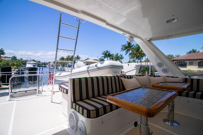 2007 Offshore Yachts Pilothouse Photo 102 of 126