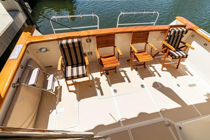 2007 Offshore Yachts Pilothouse Photo 107 of 126