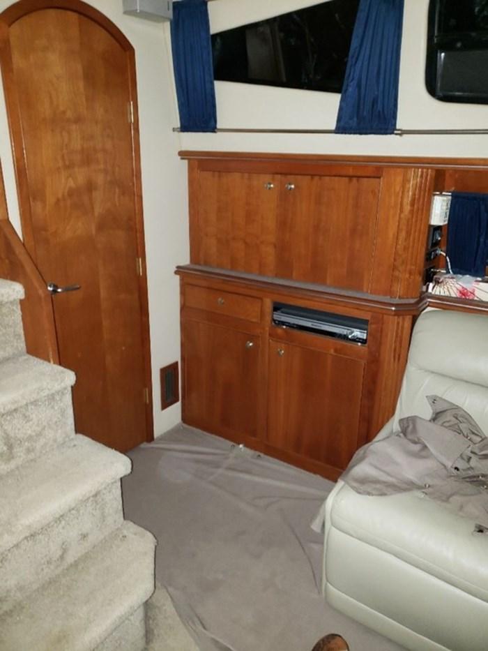 2005 Cruisers Yachts 455 Express Motor Yacht Photo 24 sur 47
