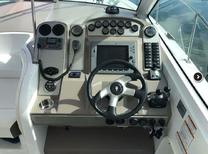 2009 Cruisers Yachts Sport Coupe Photo 10 sur 30