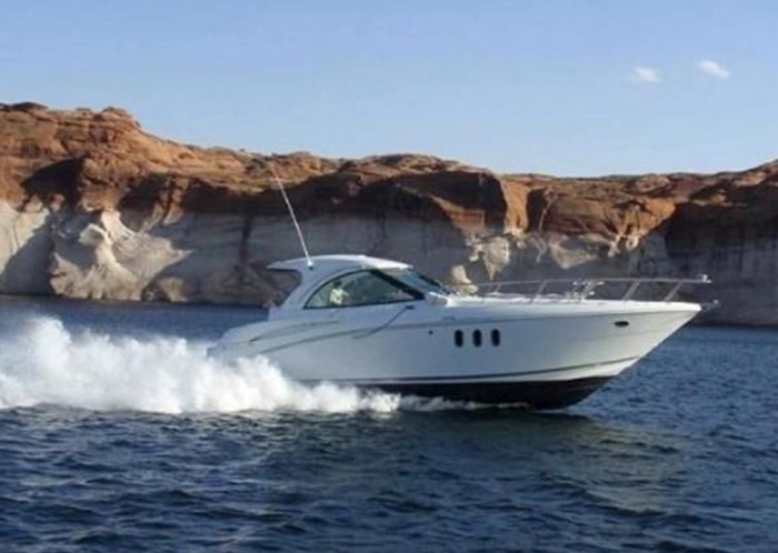 2009 Cruisers Yachts Sport Coupe Photo 30 sur 30