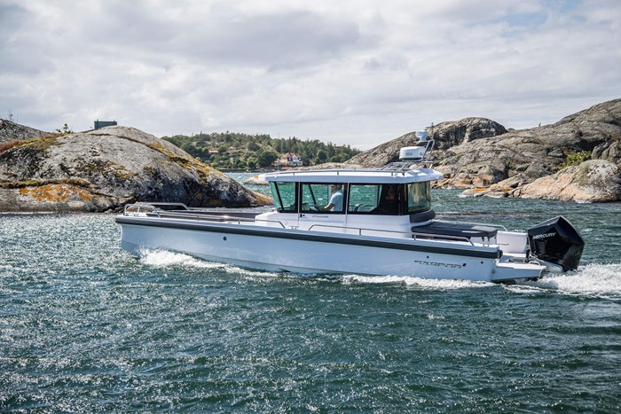 2020 Axopar Single 300HP AFT CABIN Photo 1 sur 15