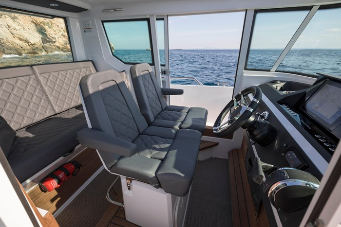 2020 Axopar Single 300HP AFT CABIN Photo 6 sur 15