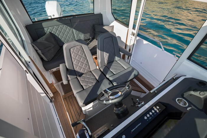 2020 Axopar Single 300HP AFT CABIN Photo 7 sur 15