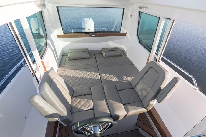 2020 Axopar Single 300HP AFT CABIN Photo 8 sur 15