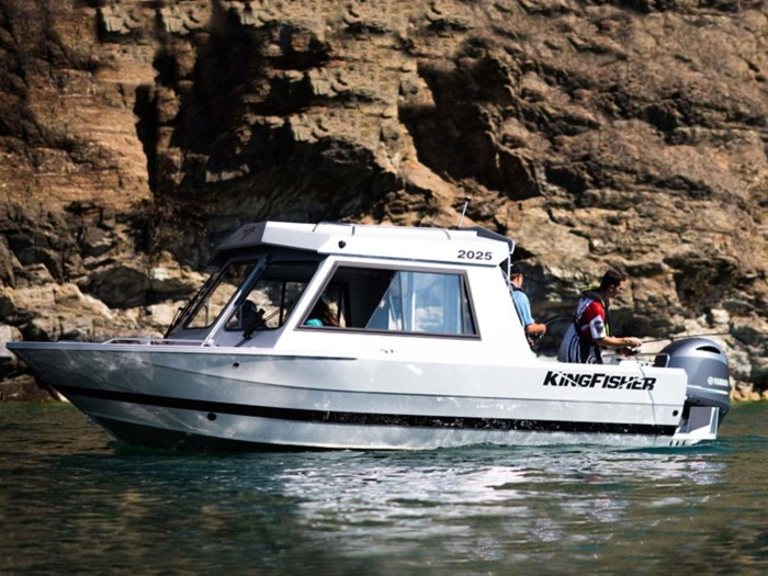 2020 KingFisher 2025 Escape HT Photo 1 of 3