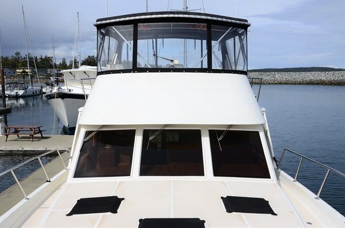 1997 Offshore Yachts 52 Sedan Photo 37 sur 67