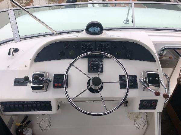 1996 Bayliner 4788 Pilot House Motoryacht Photo 4 sur 28