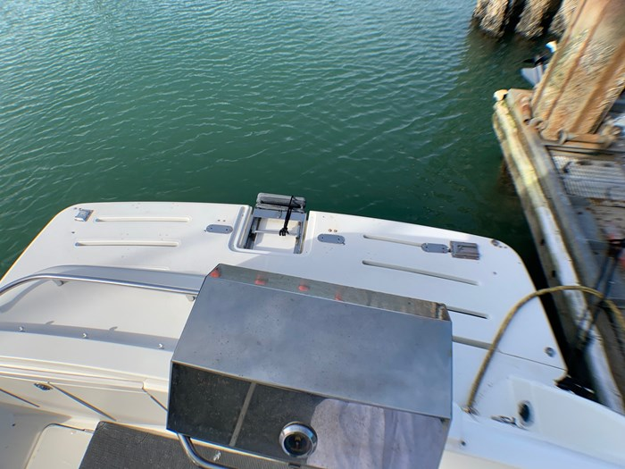 2007 Meridian 411 Sedan Bridge Photo 25 of 36